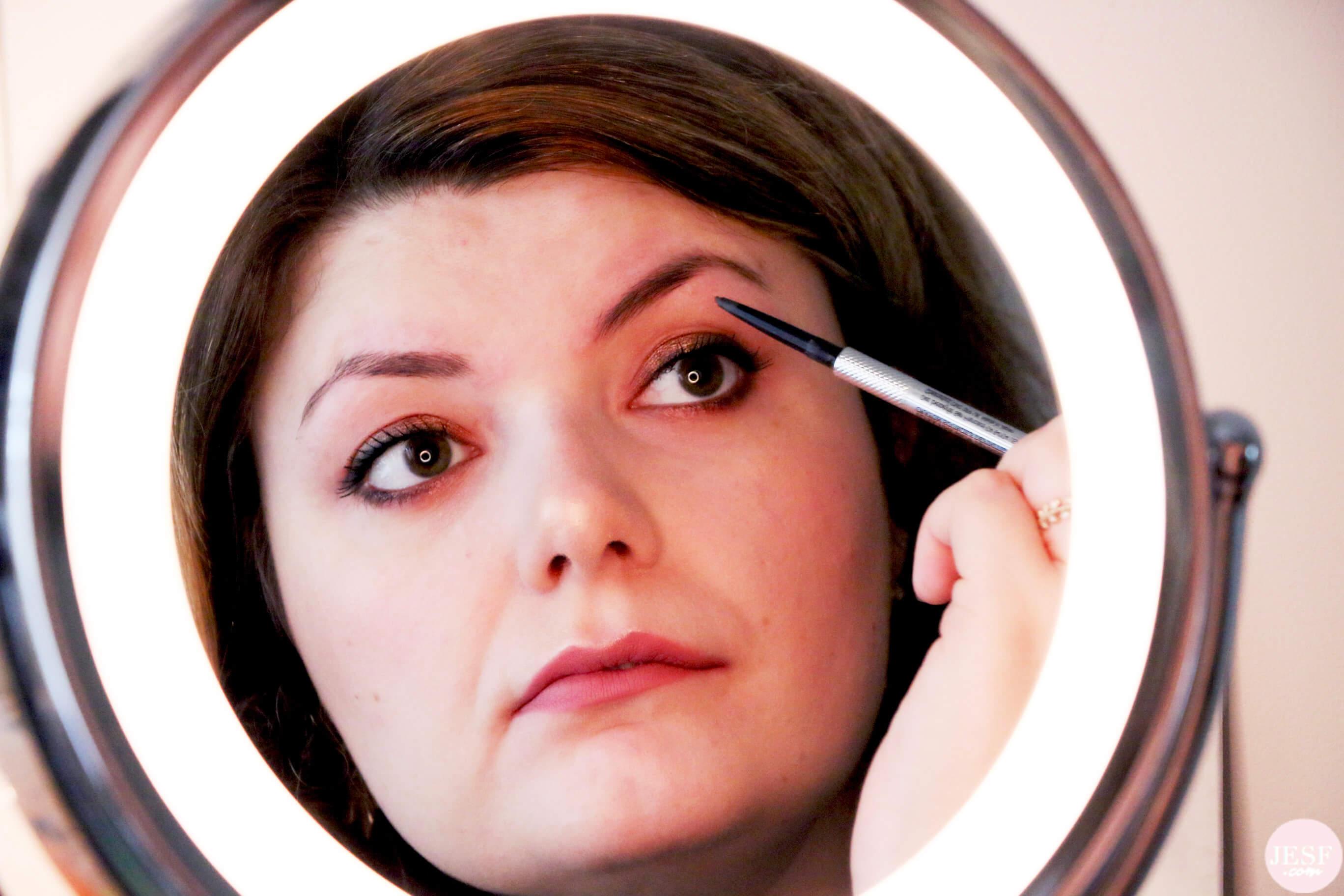 crayon-pour-sourcils-benefit