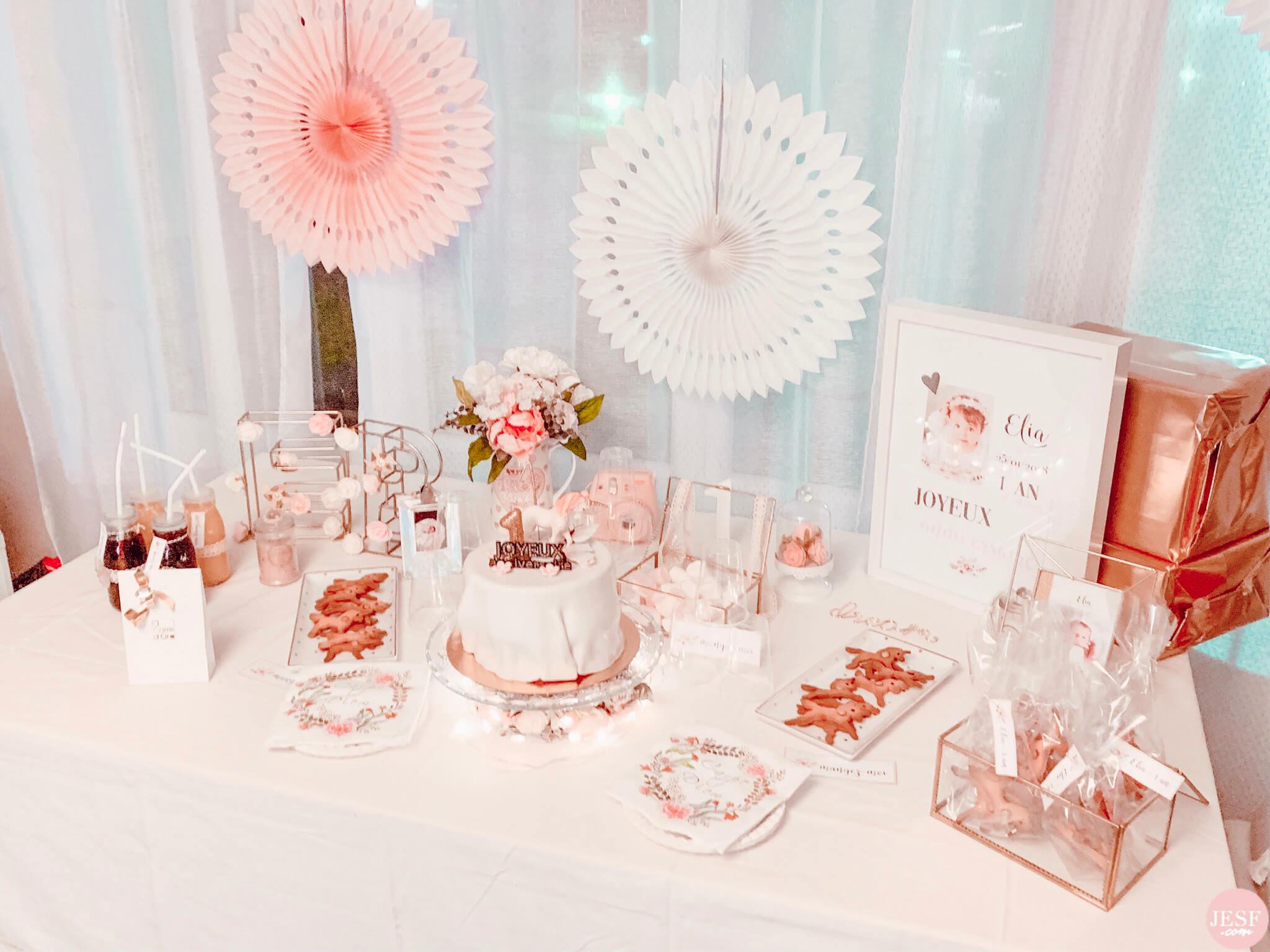 fête-anniversaire-sweet-table-petite-fille-1-an-girly-rose-idées-déco-pas-cher