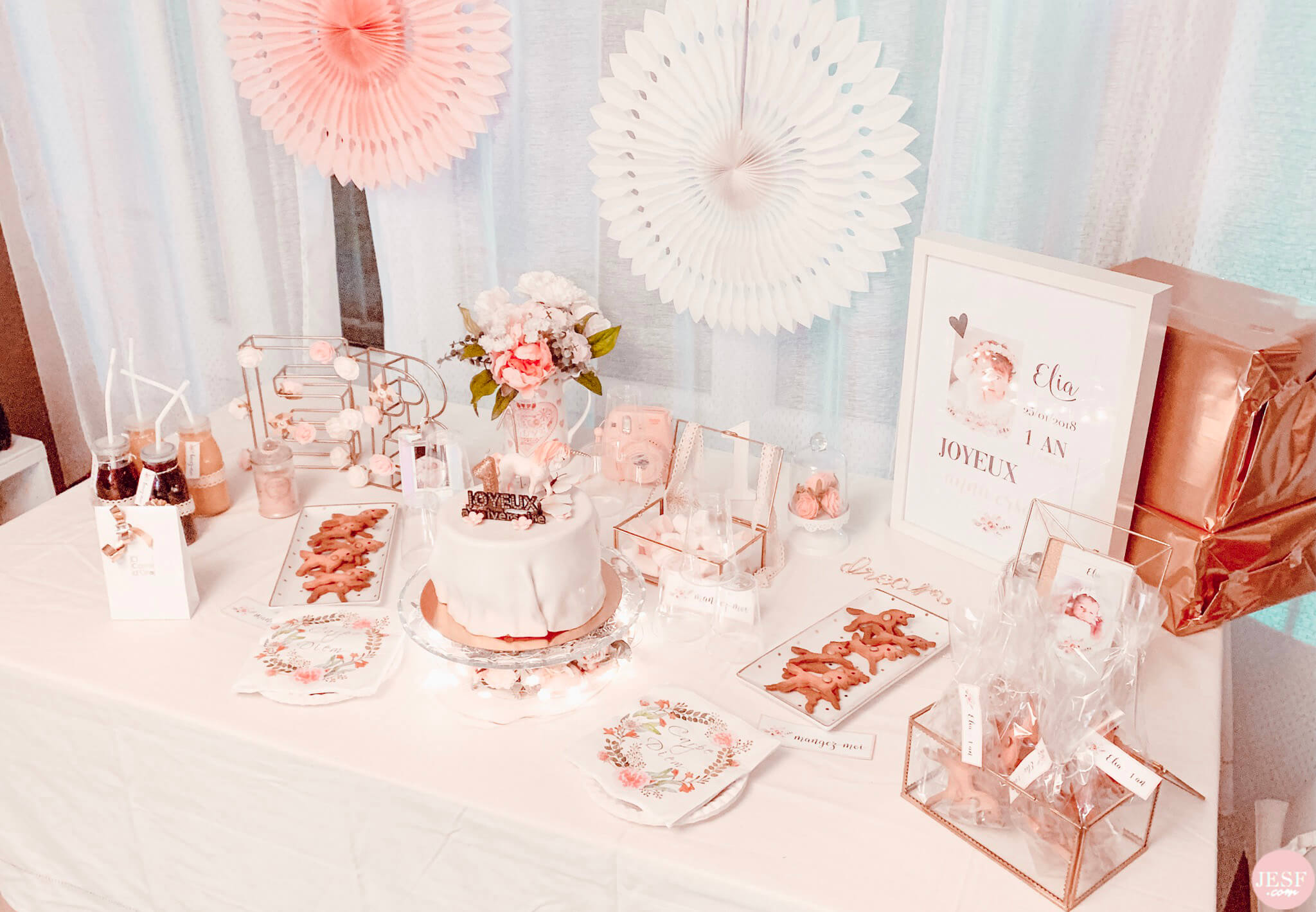 fête-anniversaire-sweet-table-petite-fille-1-an-girly-rose