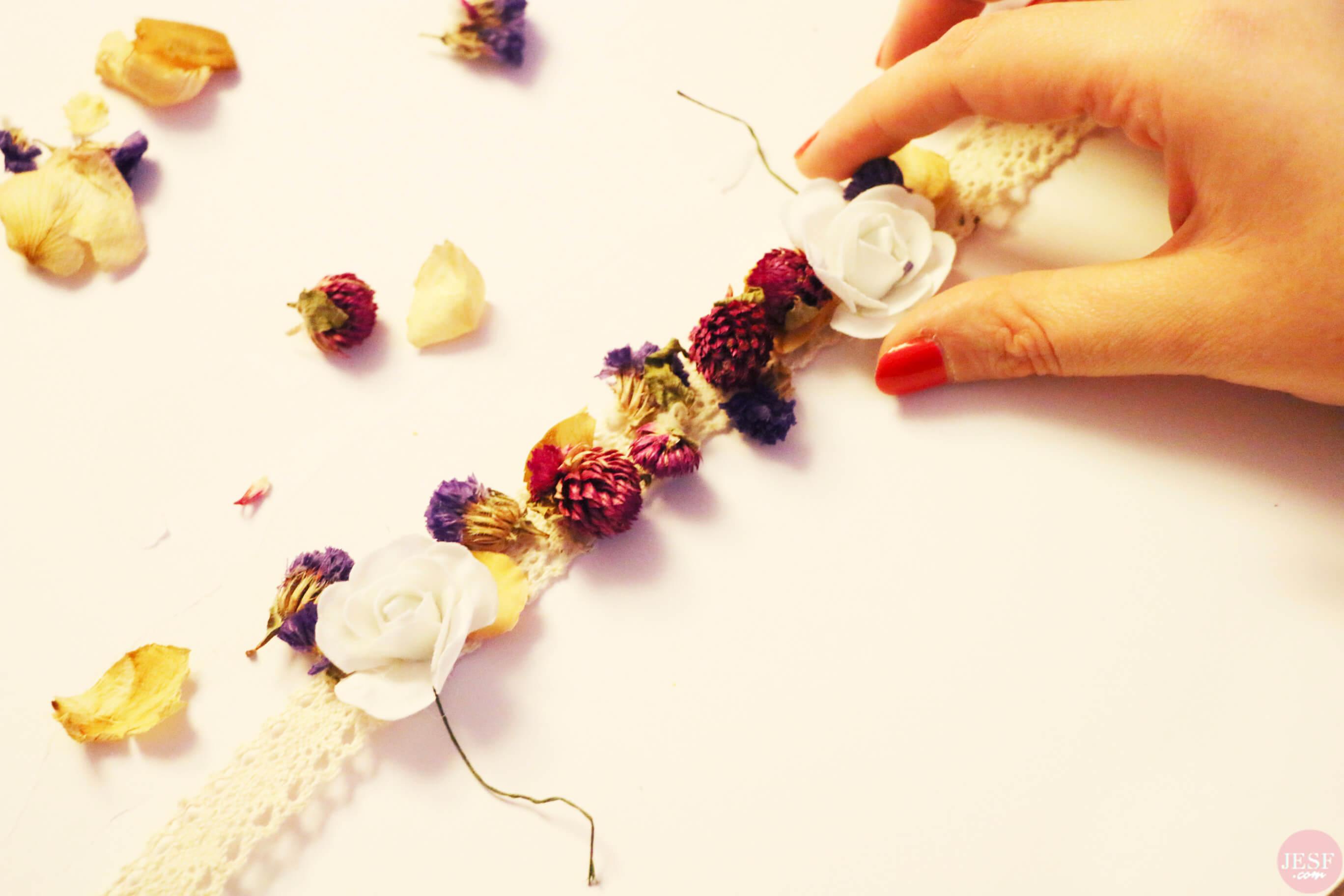 DIY-comment-faire-couronne-de-fleurs-séchées(2)