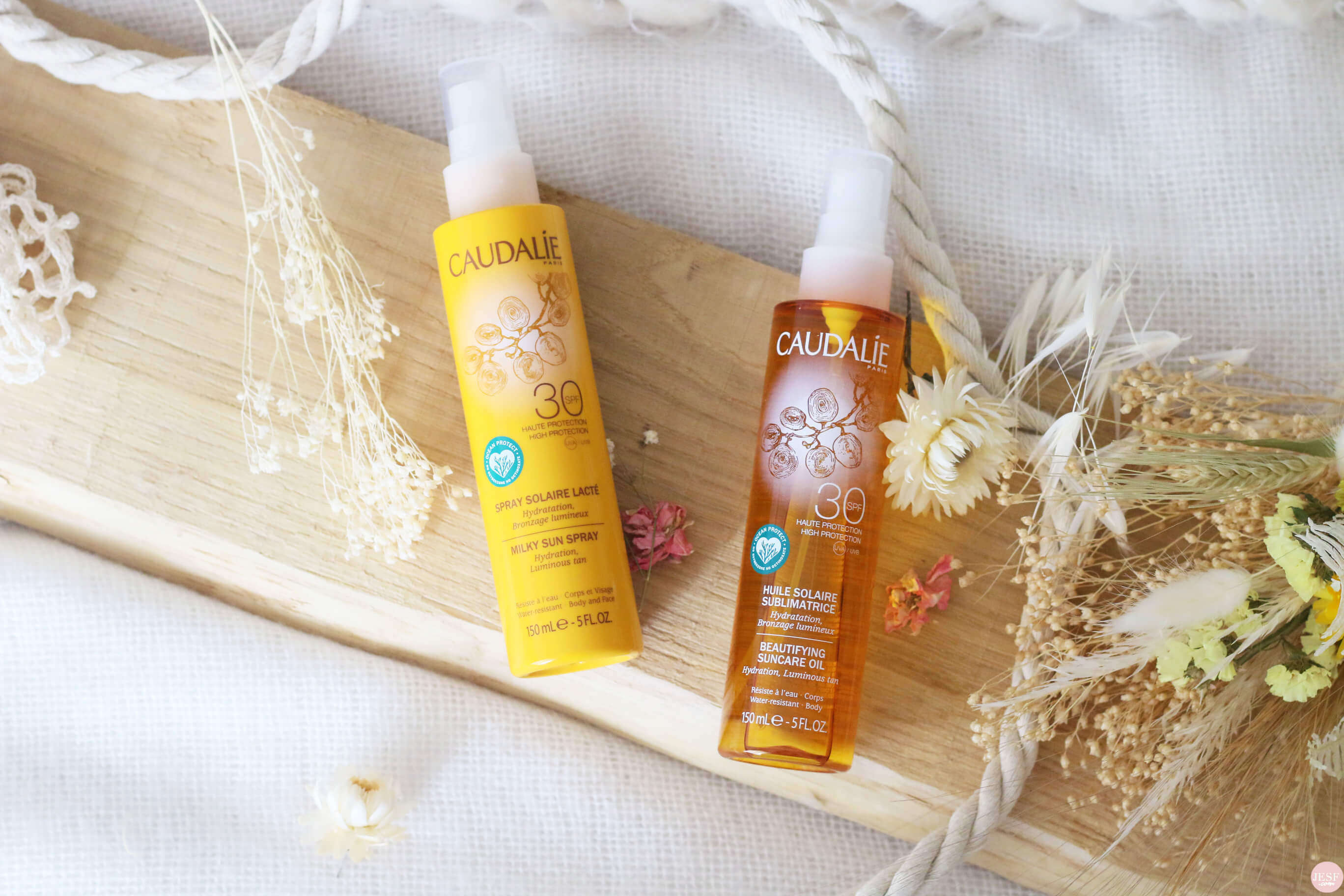 gamme-solaire-caudalie-spray-lait-crème-SPF-30-50-proteger-peau-soleil-naturel-veillesse-environnement