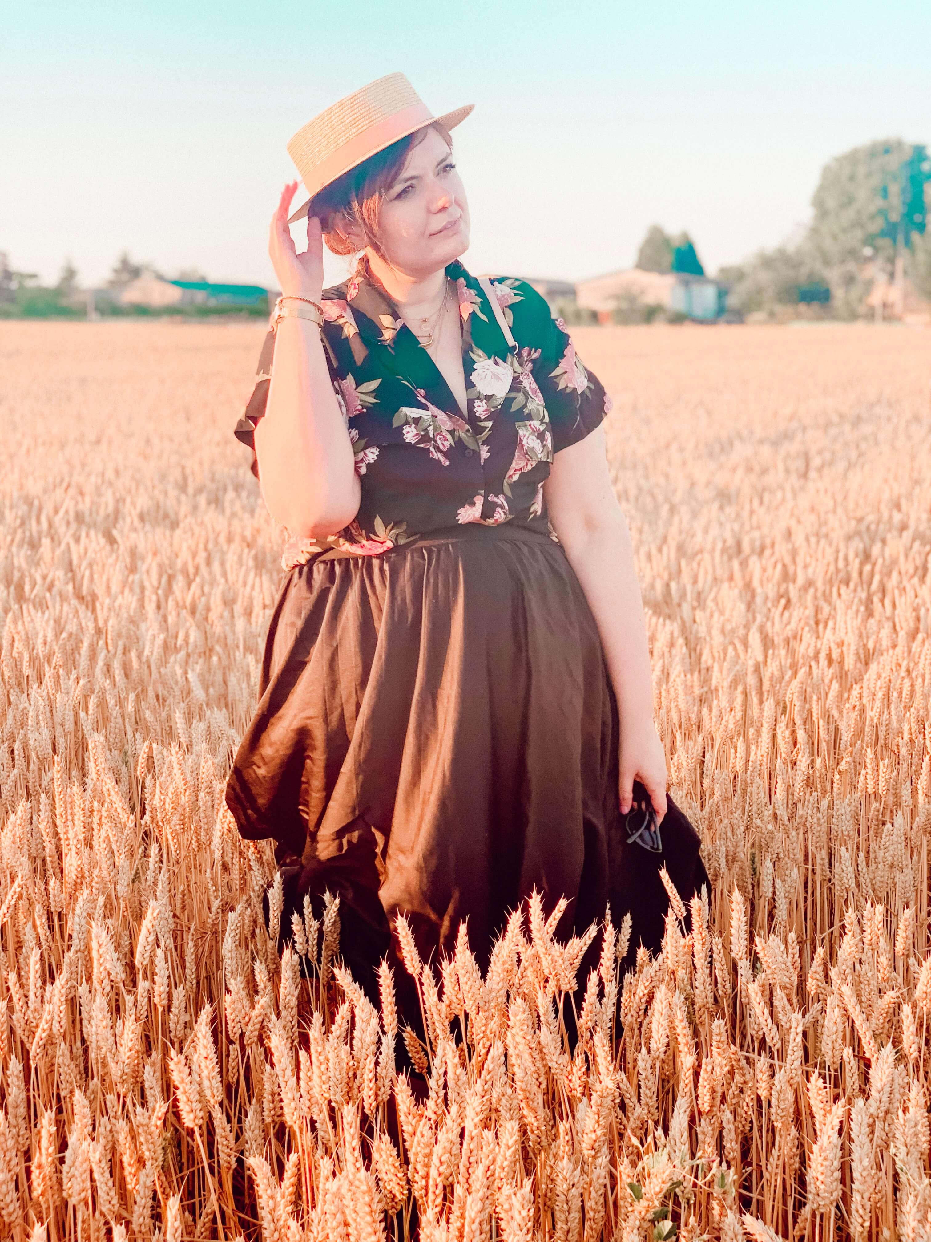 look-champ-blé-chapeau-sur-mesure(2)
